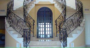 Mẫu cầu thang sắt nghệ thuật cao cấp, thiết kế lan can sắt sang trọng