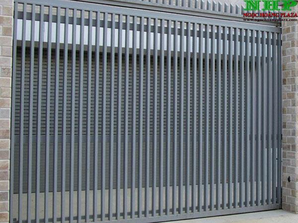 Mẫu cổng sắt hộp lùa sang 1 bên, đang sắt hộp cao cấp