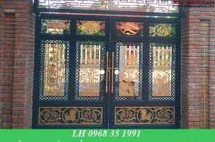 Mẫu cửa cổng sắt nghệ thuật được thiết kế hiện đại