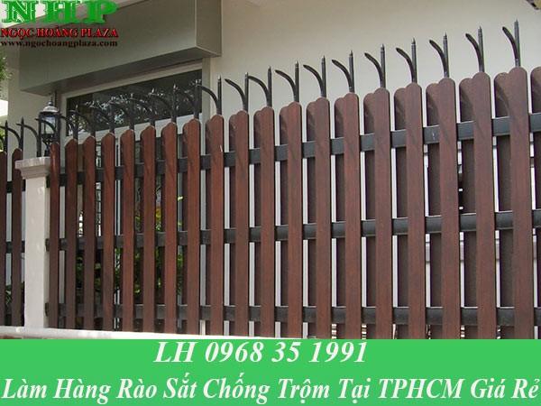 Làm hàng rào sắt chống trộm tại TP HCM giá rẻ