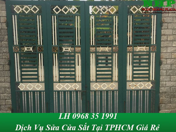Dịch vụ sửa chữa cửa sắt tại TP HCM chuyên nghiệp